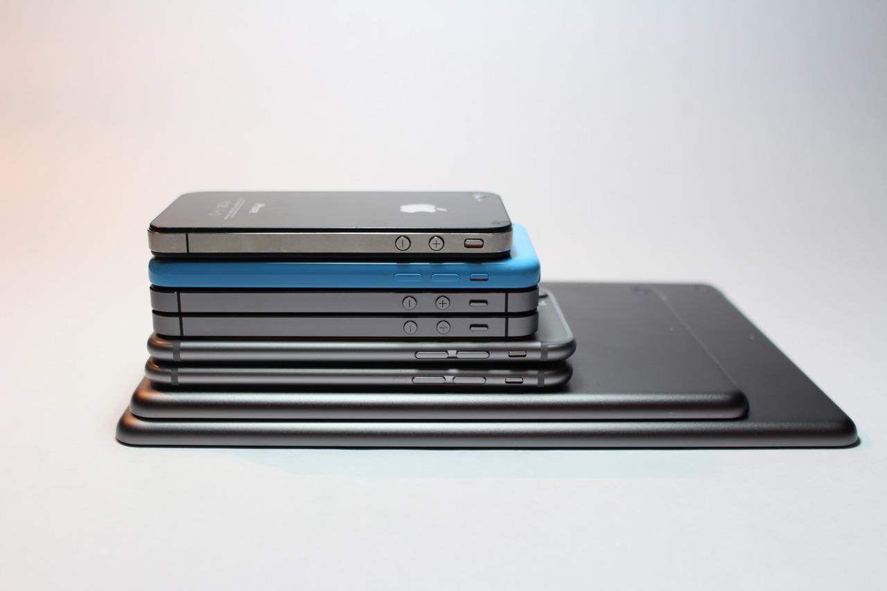 iPhones ()