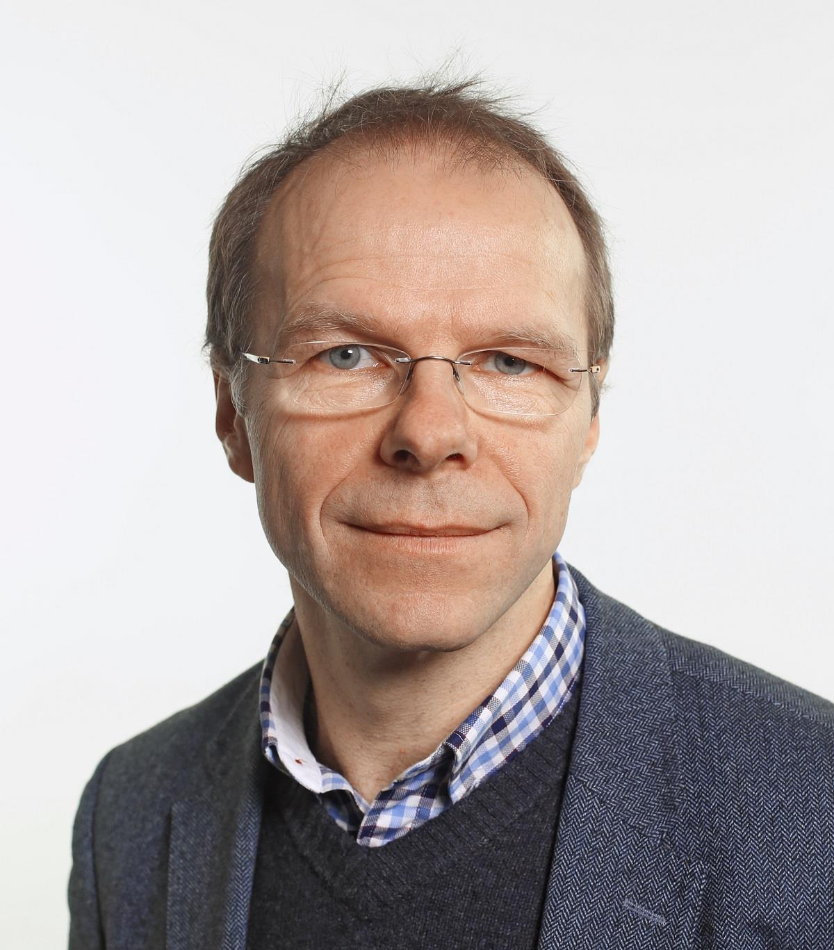 Piotr Zmelonek Polityka ()