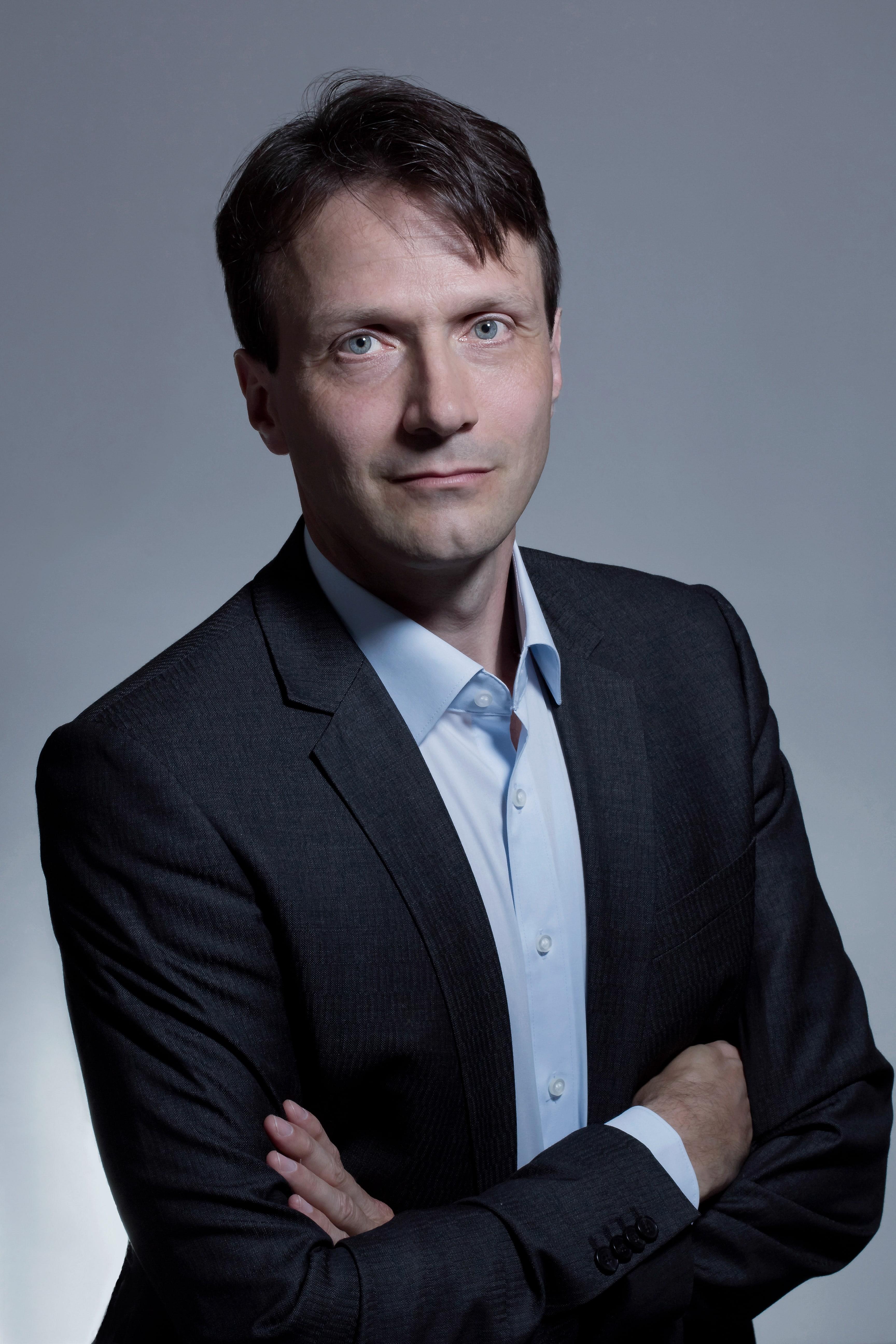 Wolfgang Blau ()