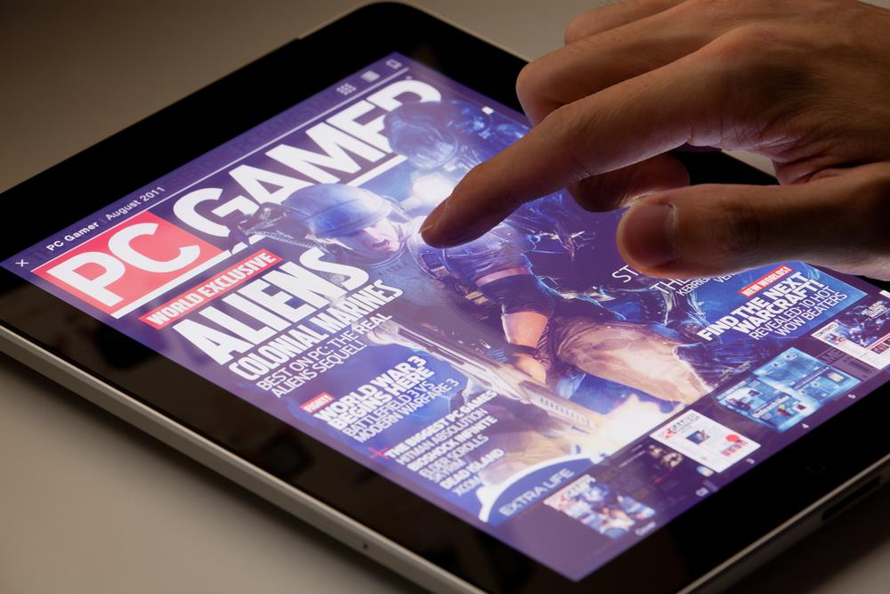 PC gamer on tablet ()