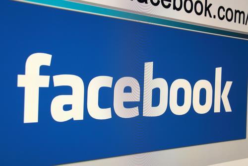 Facebook ()