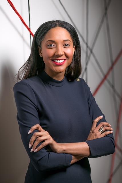 Joanna Abeyie headshot ()