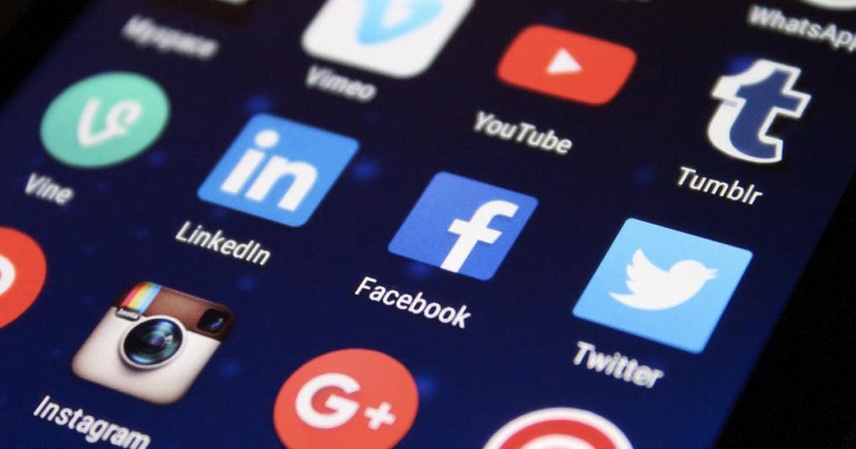 social media platforms header ()