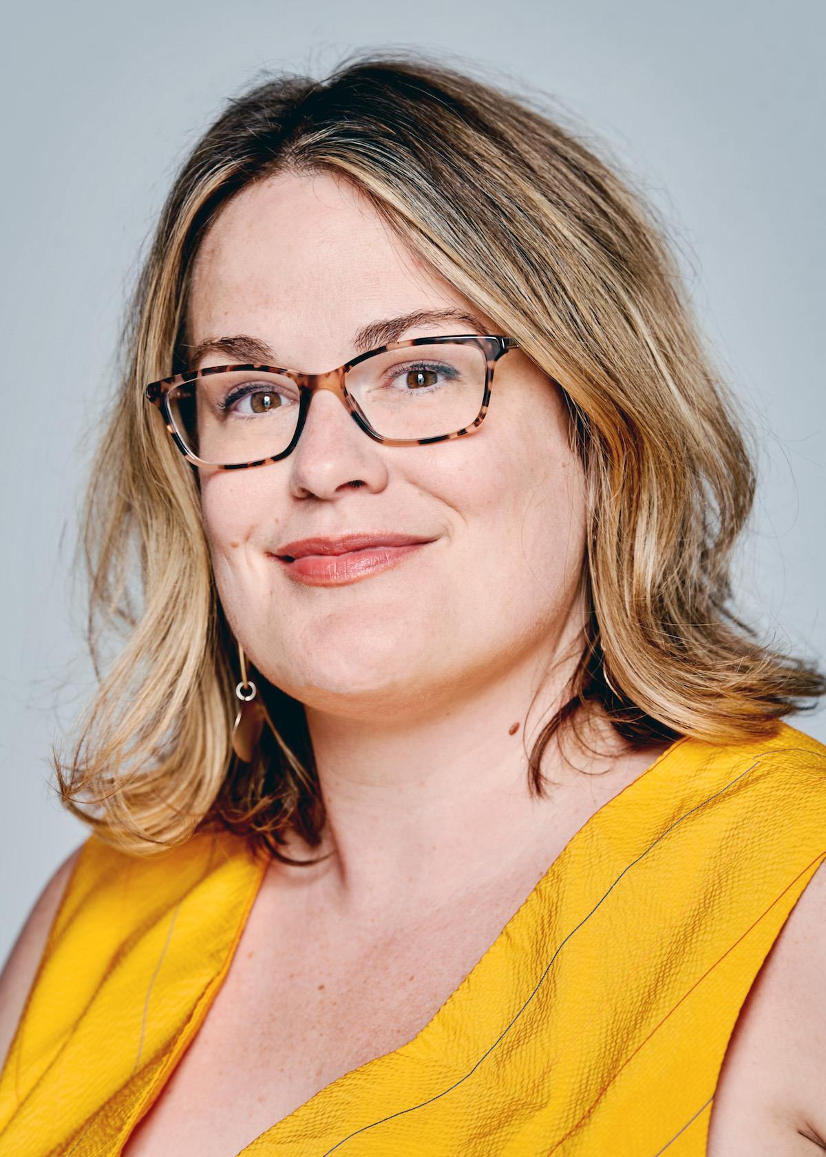 Kristine Brabson ()