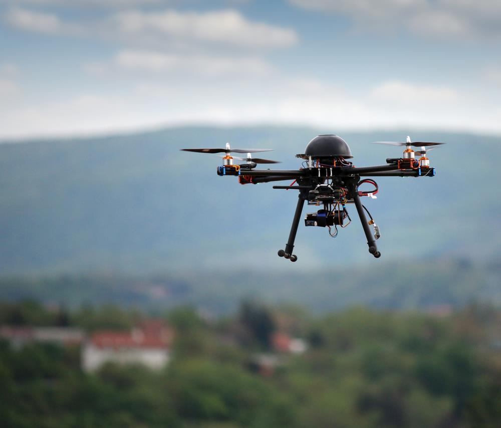 drone ()