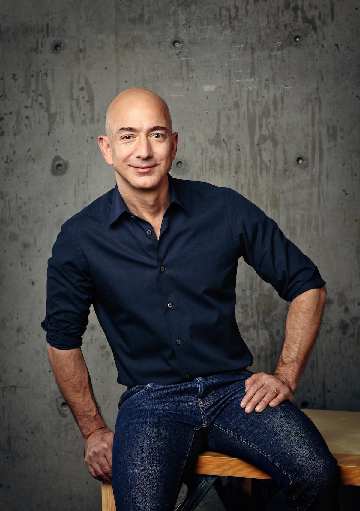 Jeff Bezos ()