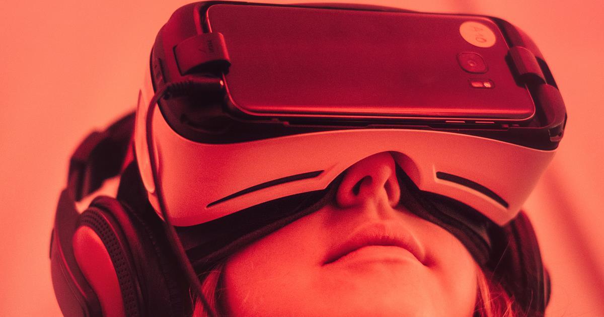 VR mobile header ()