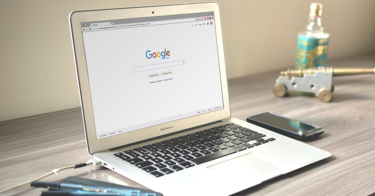 Google header ()