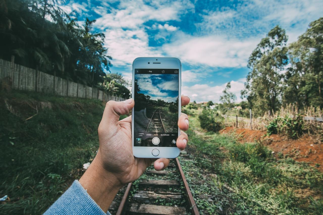 mobile ()