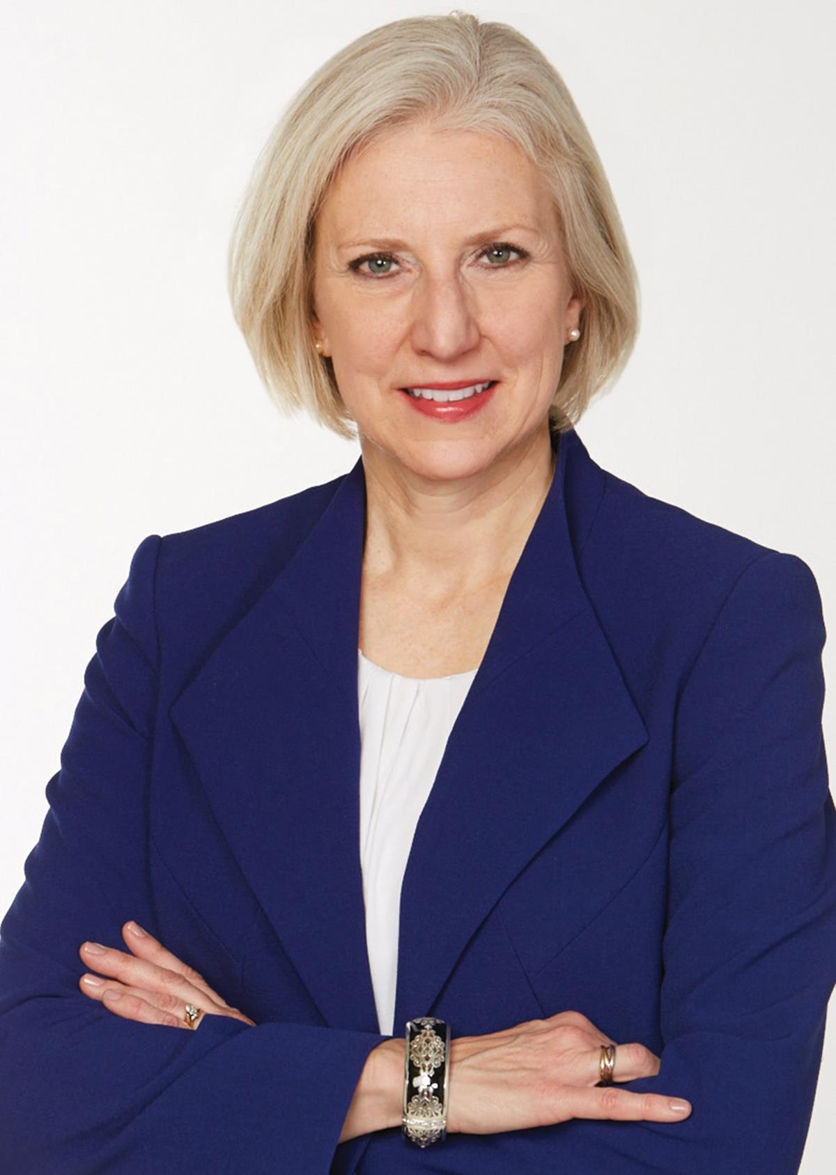 Linda Thomas Brooks ()