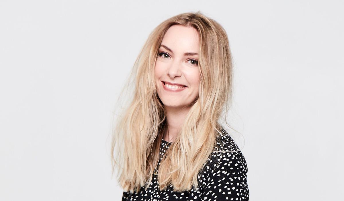 Claire Hodgson ()