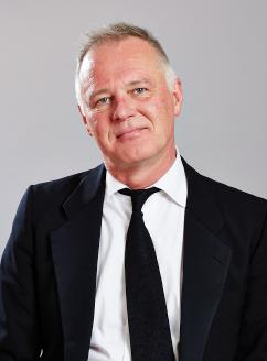 Douglas Kelly ()