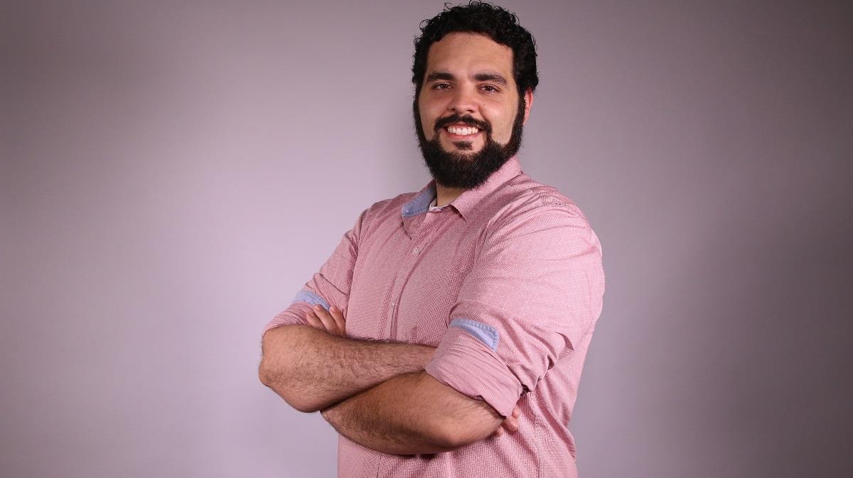 Edson Ferrão Abril ()
