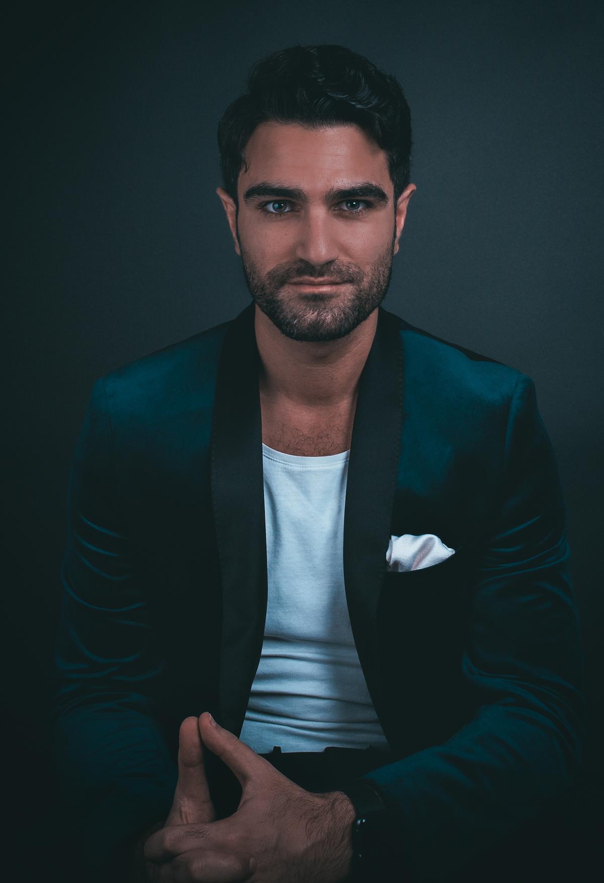 Adam Baidawi ()
