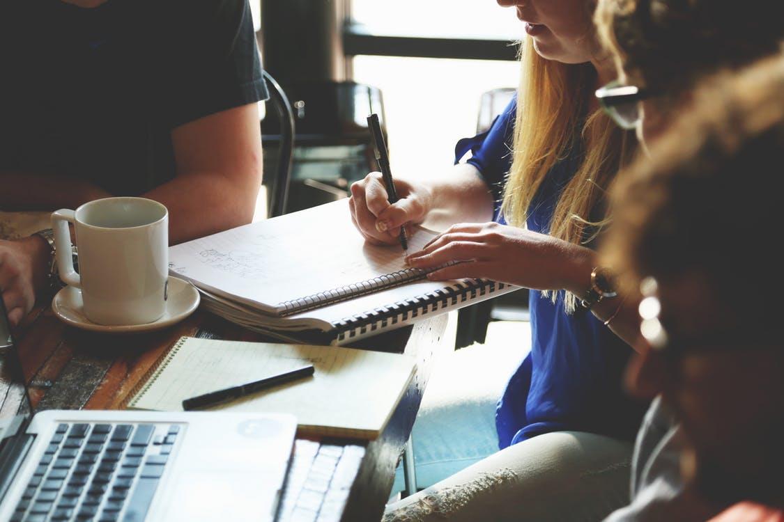 meeting ()