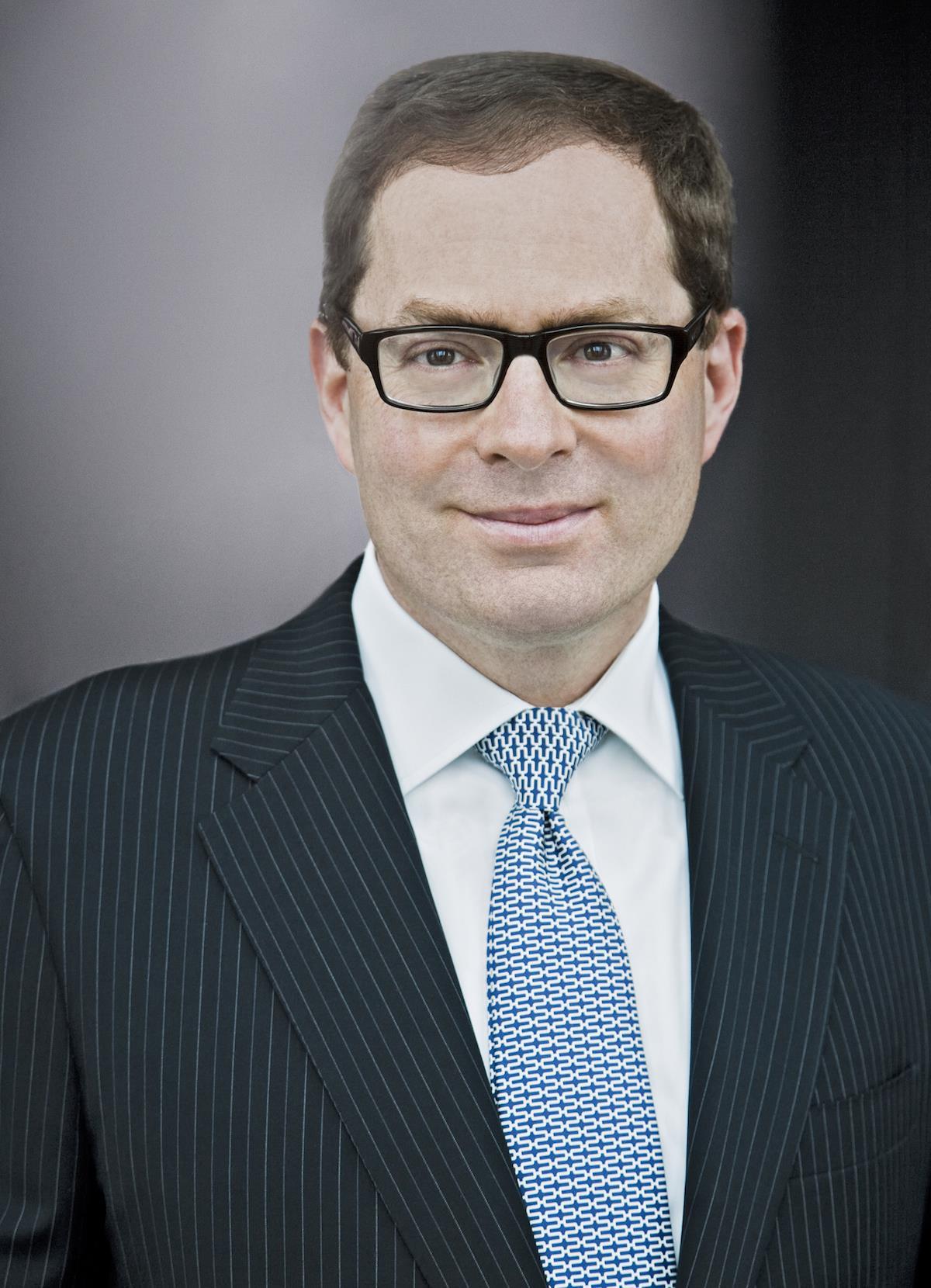 David Carey ()