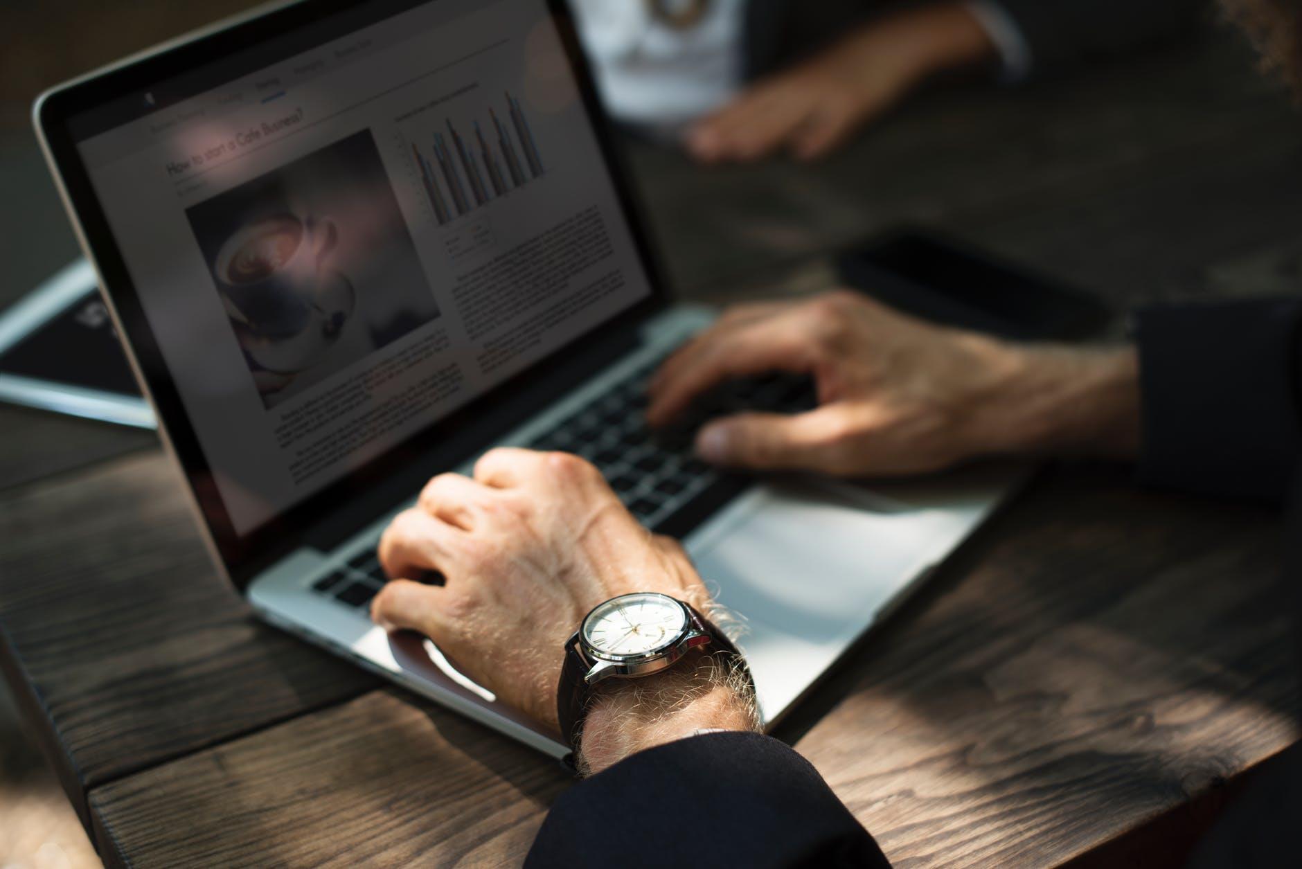 content laptop digital ()