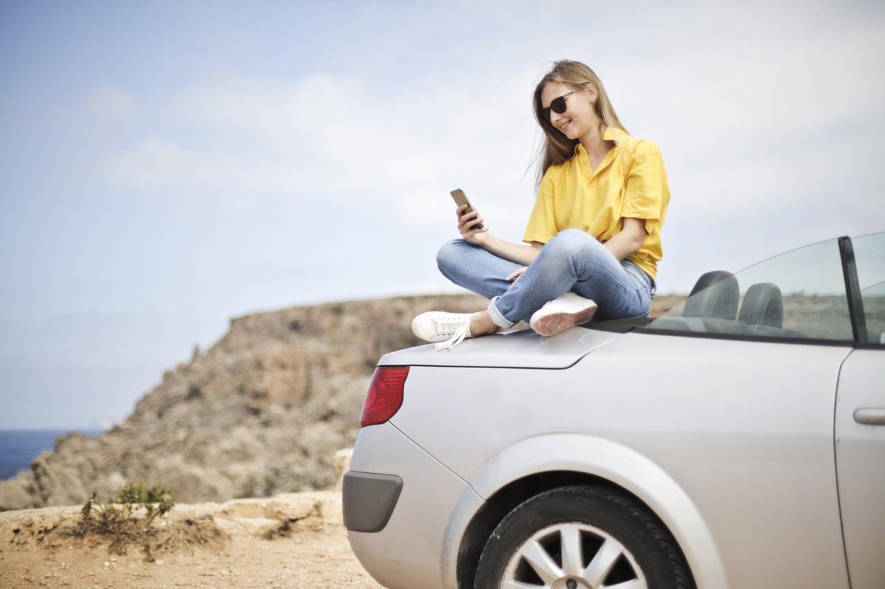 mobile car ()